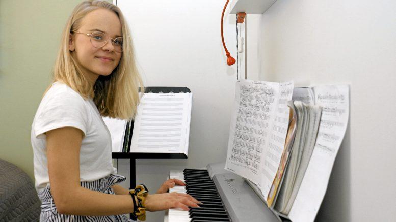 Matilda Boström toivoo, että hänen Talent-esiintymisensä kannustaa muitakin tuomaan esiin taitojaan.