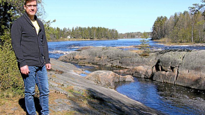Kiiminkiläinen kansanedustaja Pekka Aittakumpu vaatii lapsiperheille omaa tukipakettia koronakriisistä selviytymiseen. (Arkisto: Teea Tunturi)