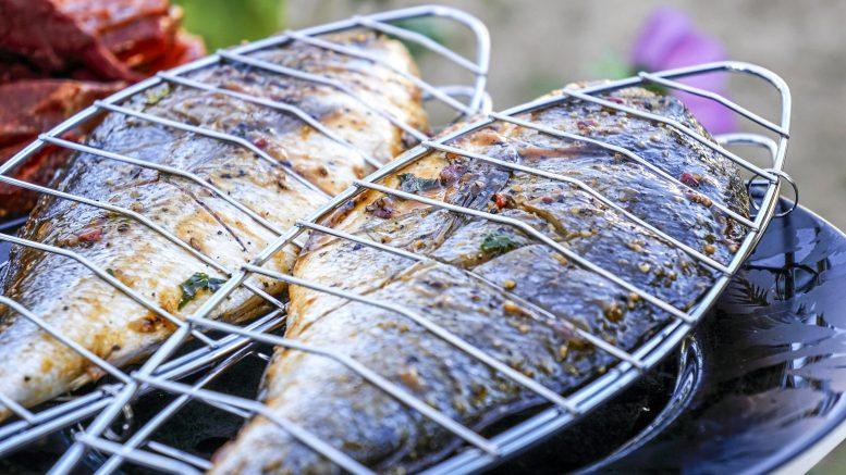Hyvää ja maukasta grillauskesää! Kesästä tulee parempi, kun hankit kunnon materiaaleista tehdyn grillin ja maukkaampi, kun pidät grillin puhtaana.