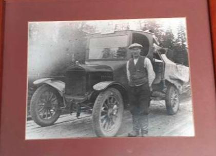 Jaakko Kurttila toimi Osuuskaupan autonkuljettajana 1920-luvulla.