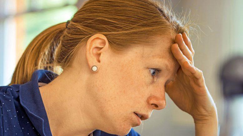 Yöunen laatu on yksi tärkeimpiä merkkejä siitä, että stressi on menossa yli sietokyvyn. Jos nukkumaan ei enää pysty normaalisti, ollaan lähellä uupumuksen rajaa.