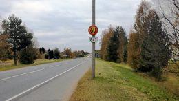 Haukiputaan ja Kellon välisen tieosuuden alennettu nopeusrajoitus 60 km/h pohditutti aikanaan myös tienpitäjää eli ELY-keskusta. Rajoituksen taustalla on myös tienvarren asukkaiden toive pienemmästä meluhaitasta.