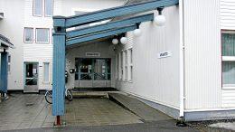 Kuivaniemen terveys- ja sosiaalipalveluiden sijaintipaikaksi suunnitellaan Kuivaniemitaloa. Rakennus oli aikoinaan kauppa. Sittemmin se toimi Kuivaniemen kunnanvirastona. Nykyisin talossa sijaitsee muun muassa kirjasto.