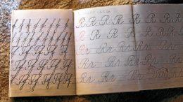 Kaunokirjoituksen opetus on loppunut peruskoulussa.
