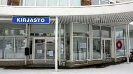 Oulu-opiston Haukiputaan toimisto on muuttanut kirjaston tiloihin.