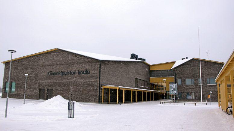 Kiiminkipuiston koulu rakennettiin korvaamaan sisäilmaltaan huono Jokirannan koulu.