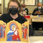 Anja Hiltusen triptyykki eli kolmiosainen ikoni valmistui pääsiäiseksi.
