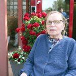 Anna-Liisa Palokangas kertoo ajan kuluneen korona-aikana muun muassa lukemisen parissa.