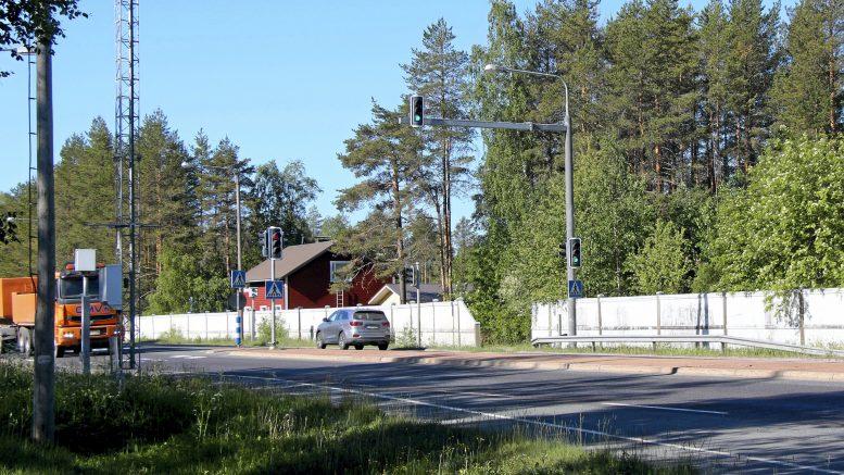 Oulun kuntavaaliehdokkaat kaavoittaisivat asuinrakentamisen mahdollisuuksia Jäälin kaltaisille alueille. Enemmistö haluaisi lisäksi kaupungin panostavan Kuusamontien kehittämiseen. Arkistokuva: Teea Tunturi