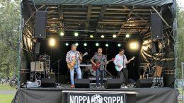 Noppasoppa palasi yhdessä lavalle yli 14 vuoden tauon jälkeen ja meno jatkui siitä mihin se 14 vuotta sitten jäi.
