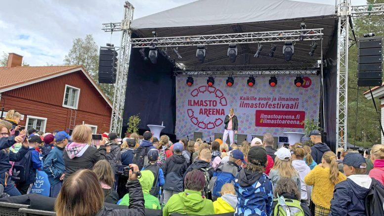 Vuoden 2019 IlmastoAreenassa Roni Back kiinnosti nuorempaa yleisöä suuresti. Tuottaja Hanna Lahden mukaan festivaalin luonne on nimenomaan päiväsaikaan järjestettävä perhetapahtuma.