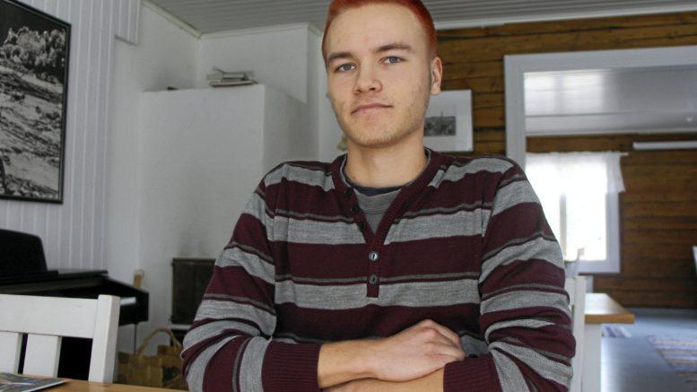 Robert Takaraution Rätti ja Säämiskä on toiminimi yritys. Nimen keksi hänen isänsä eräänä päivänä iltapalapöydässä, kun perhe ideoi nimeä keskenään.