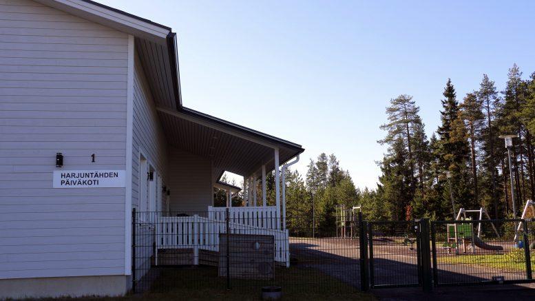 Yksityinen päiväkoti Harjuntähti siirtyi syyskuun alussa liikkeenluovutussopimuksella Iin kunnalle.