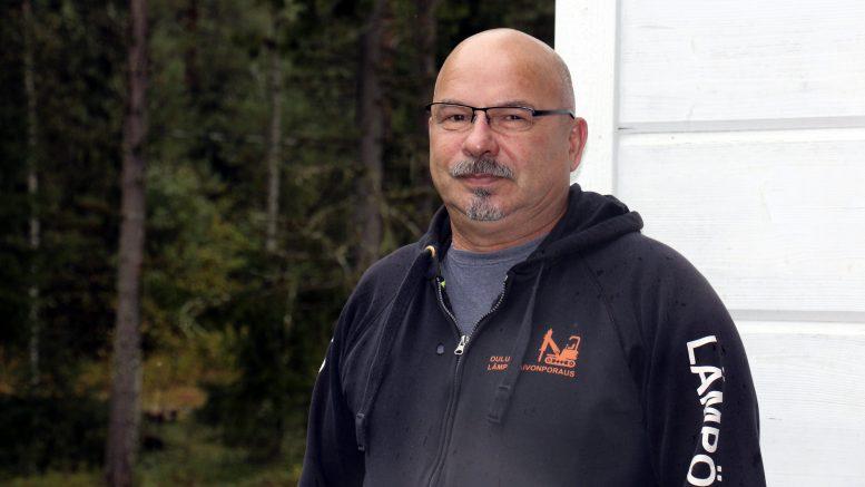 Juhani Malo on maalämpöalan uranuurtaja, joka on juuri palkittu Iin kunnan vuoden 2021 ympäristöpalkinnolla.