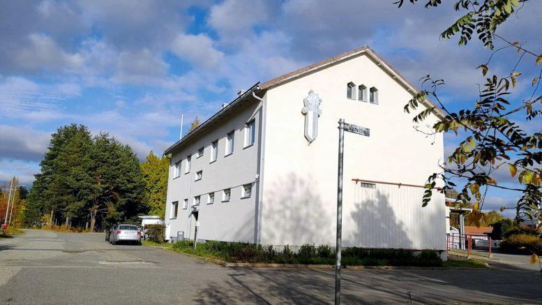 Haukiputaan poliisilaitoksen läheisten teiden ja koko Niemeläntörmän alueen tiestön perusparannus on kaupungin suunnitelmissa lähivuosina.