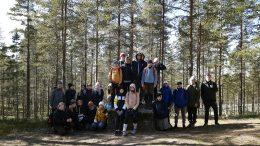 Kiiminkipuiston koulun liikunnan ja biologian soveltavan kurssin oppilaat retkeilivät Rokualla syyskuun alussa, (Kuva: Elina Jääskeläinen)