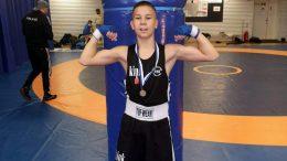 Kiimingin Nyrkkeilykerhon Sebastian Autio otteli uskomattoman voiton kaksi sarjaa omaansa ylemmässä luokassa.