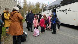 Matka tehtiin bussilla.