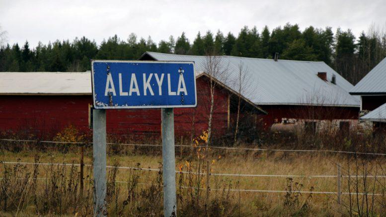 Uudelleen nähtäville tuleva Alakylän osayleiskaava on muuttanut muotoaan siten, että myös Honkasen alue on mukana kyläalueessa. Asukkaiden aktiivisuus palkittiin. (Kuva: Teea Tunturi)