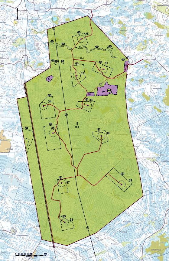 Ollinkorven tuulipuiston kaava-alueella voimalat sijoittuvat maakuntakaavassa osoitetulle tuulivoimaloiden alueelle ja sen ympäristöön Oulu-Kemi rataosan tuntumassa. (Kartta: Ramboll)